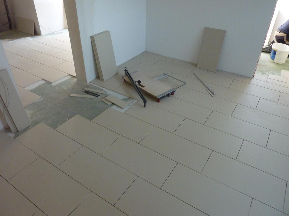 treppe und bodenbel ge bauen mit marco heise bau gmbh in und um berlin. Black Bedroom Furniture Sets. Home Design Ideas